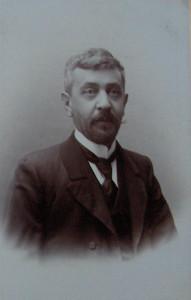 MikaSandor