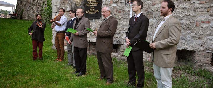 Emlékezés a Bécsi Légió hőseire: 40 esztendeje állította az Eötvös Kollégium ifjúsága a budavári emléktáblát